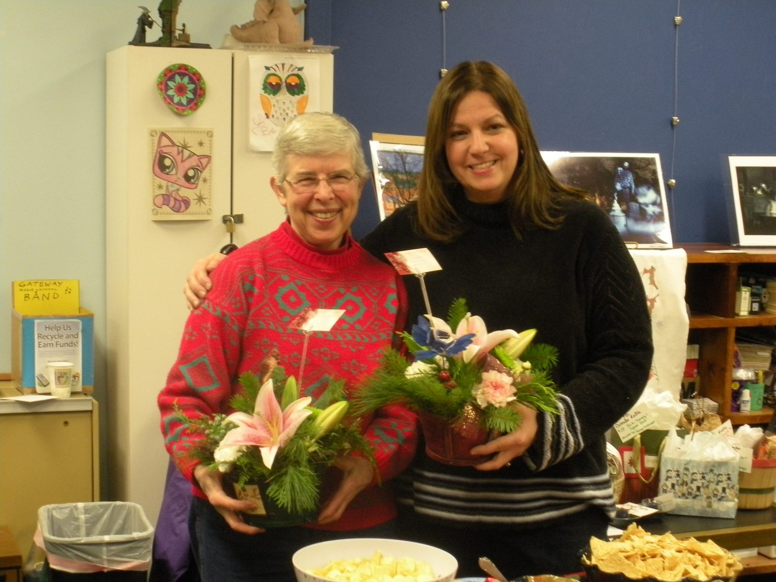 Retiring FOL members Vicky Mayhew and Lori Belhumeur.  (Photo submitted)
