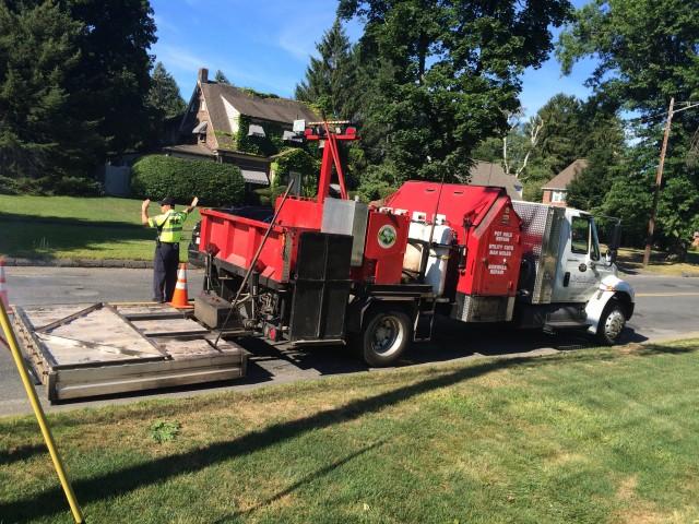 pothole repairing machine