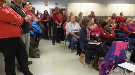 Gateway lawsuit dismissed as teachers ask for contract