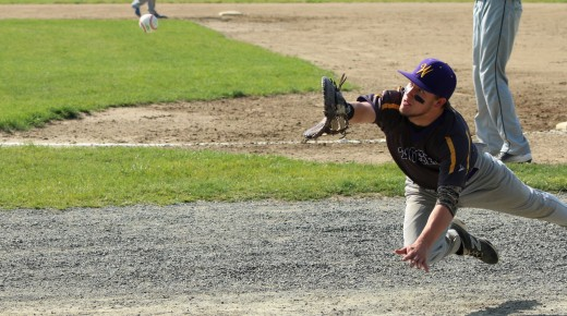 Tigers pile up hits in thriller