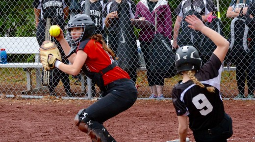 Bombers hold off Lancers