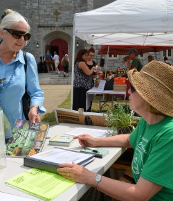 Master Gardener Shares Knowledge With the Public