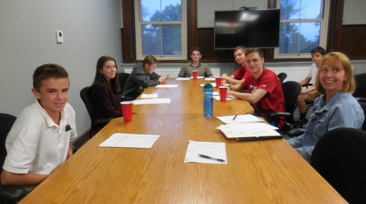 Youth Commission discusses opioid education and membership drive
