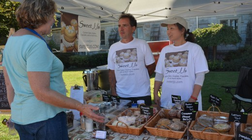 Farmers' Market Expands For Holiday Season