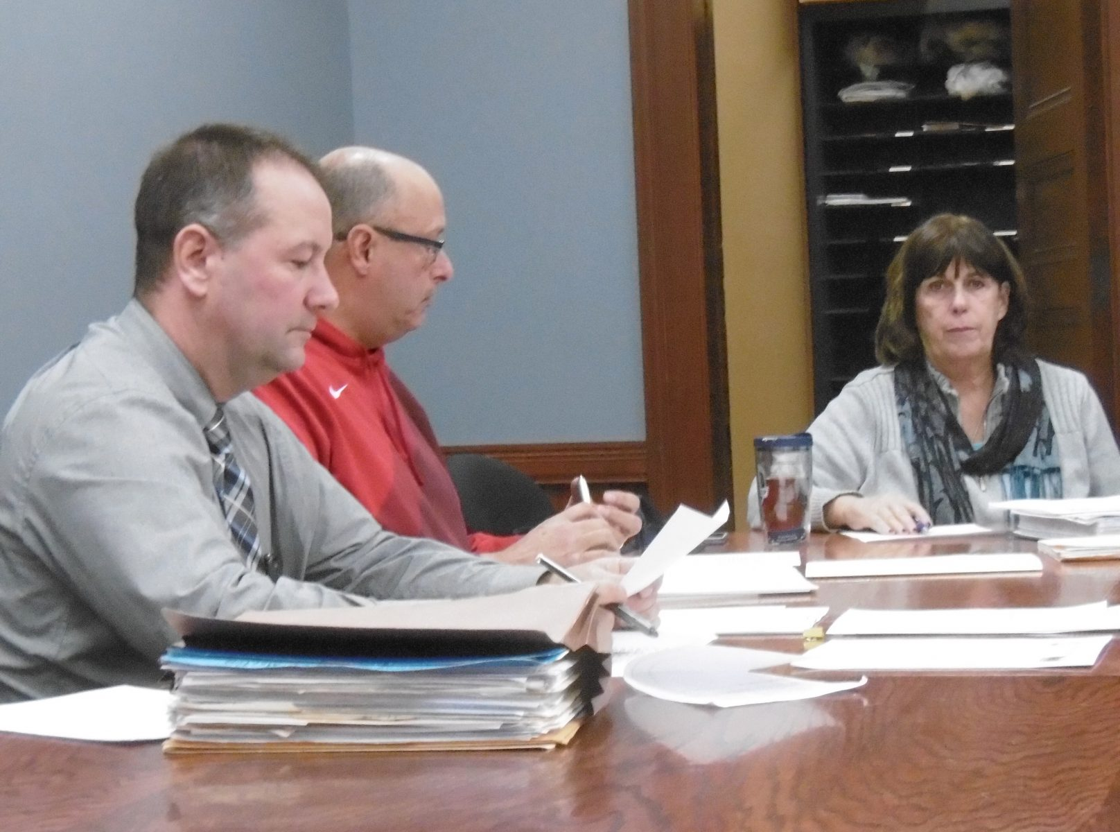 City council committee takes action on several items ahead of Thursday city council meeting