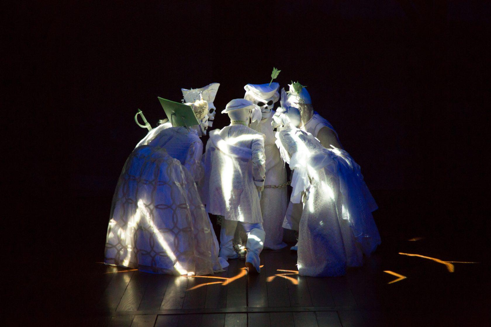A Christmas Carol Spirits.Review A Christmas Carol Brings Holiday Spirits To