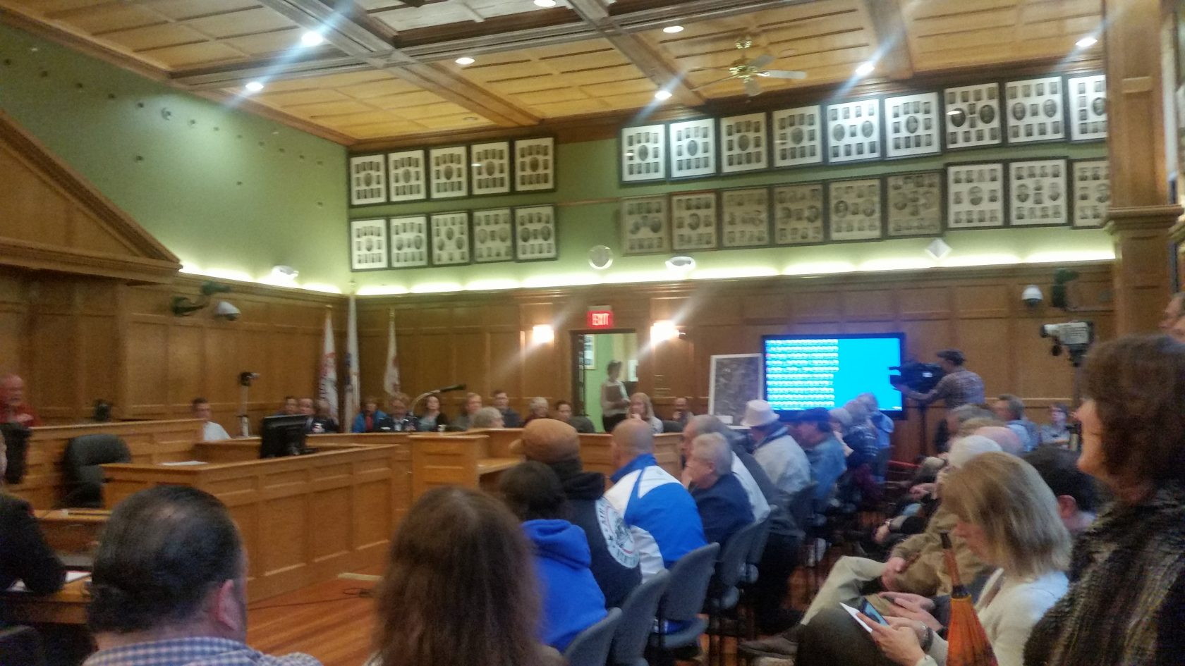 Residents informed of water issues at public forum