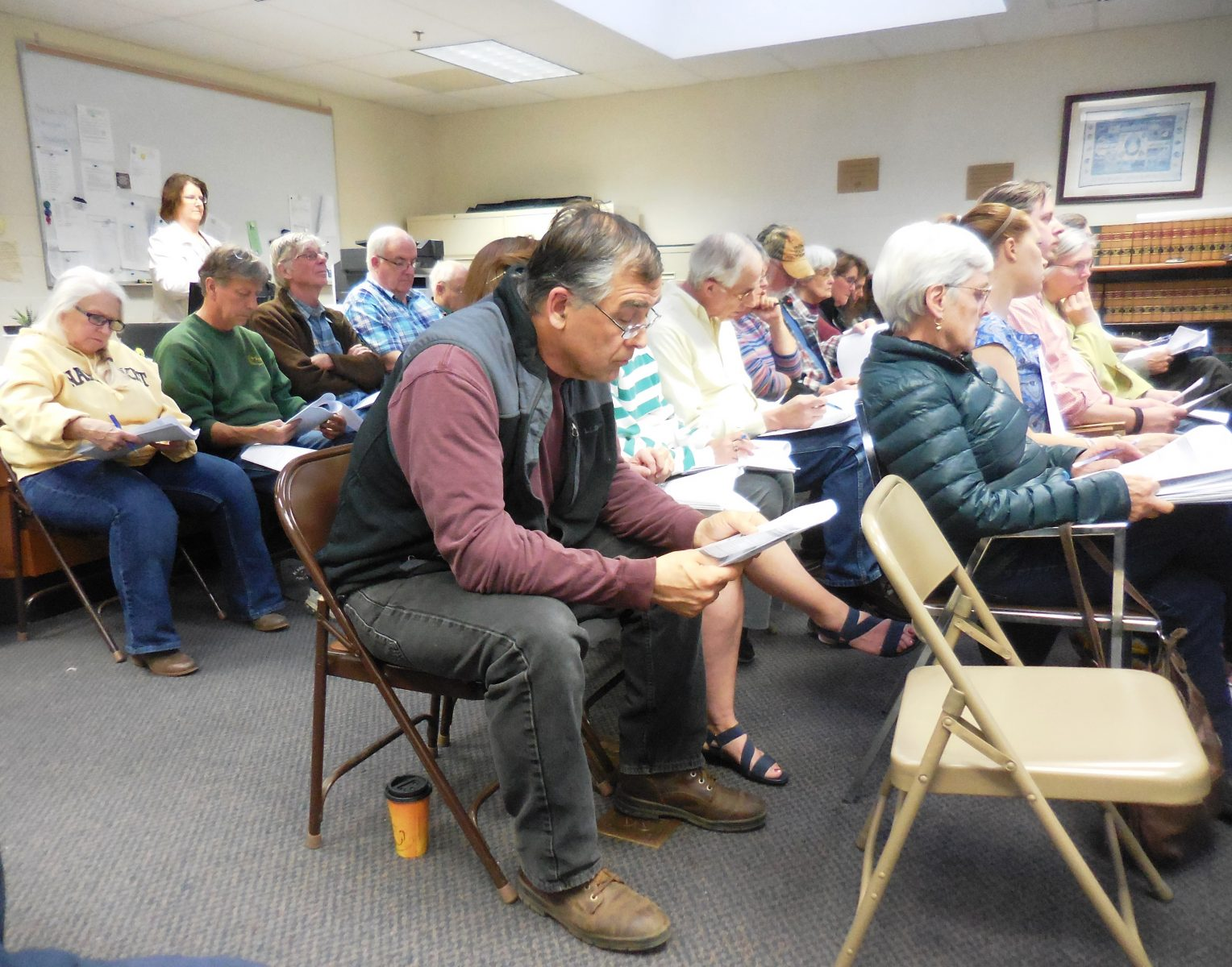 Blandford mini-town meeting uncovers conflicts