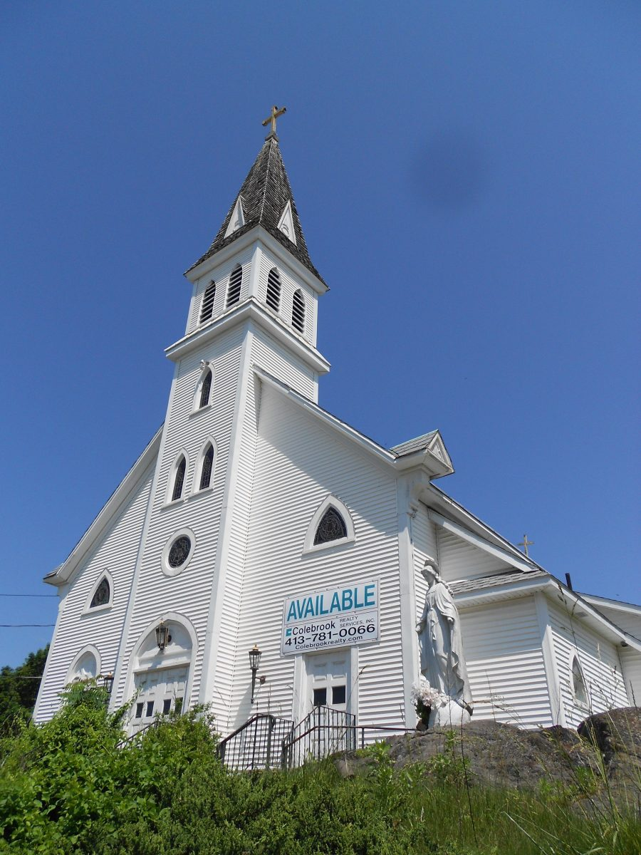 Historic St. Thomas Church in Huntington sold at auction