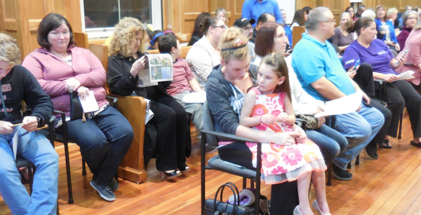 Parents pack School Committee for Intermediate/Middle School locations decision