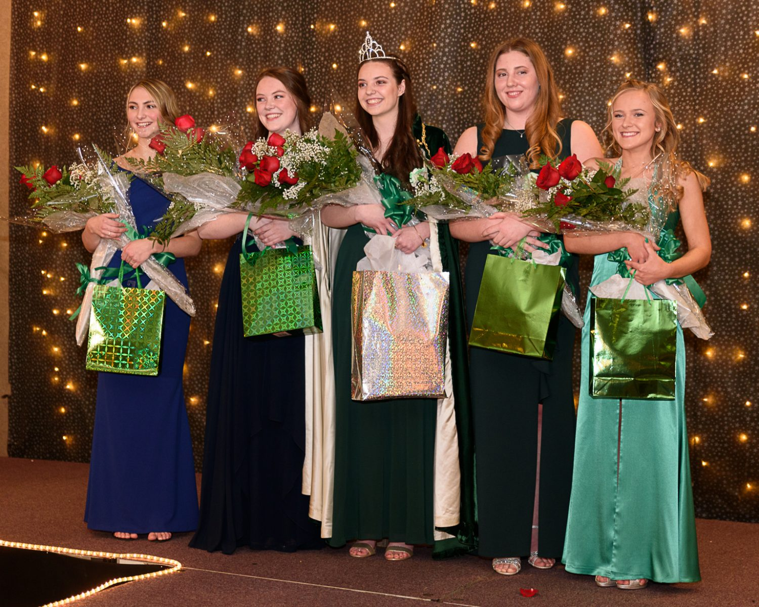 Westfield Ma Christmas 2020 Brigid Moriarty crowned 2020 Colleen | The Westfield News